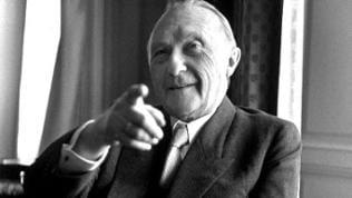 Adenauer, sitzend. Foto, 1951.