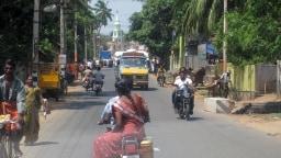 Die Teilnahme an Indiens Straßenverkehr ist für Europäer eine echte Belastungsprobe.