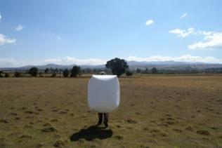 Der Biogas-Rucksack als leichtes und leuchtendes Tragemittel