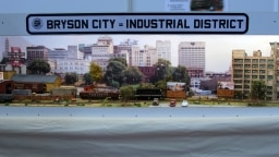 "Privatanlagen Wettbewerb: Gerd Ziller ""Bryson City – Industrial District"" , Spur N"