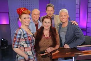Gruppenfoto aller an der Sendung Beteiligten