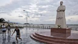 Das Yersin-Denkmal am südchinesischen Meer in der zentralvietnamesischen Stadt Nha Trang