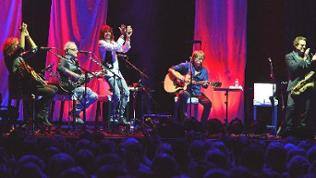 Foreigner unplugged in Mannheim
