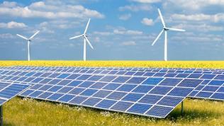 Drei Erneuerbare Energien - Windenergie, Solar, Biomasse