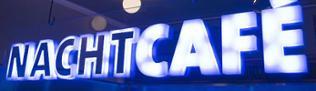 Das neue Logo des Nachtcafé als Leuchtschriftzug