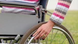 Detailansicht eines Rollstuhls