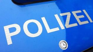 Motorhaube mit Schriftzug Polizei