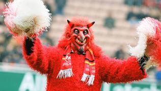 Der Teufel jubelt wieder auf dem Betzenberg 1. FC Kaiserslautern, 14.03.2015.