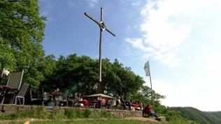 Einkehren am Gipfelkreuz