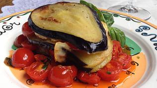 Michael Branik kocht Auberginen-Lasagne