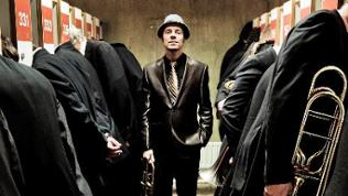 Joo Kraus mit der SWR Big Band