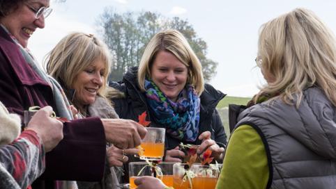 Michaela Frick begrüßt die SWR Landfrauen