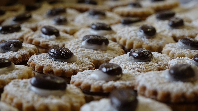 Alte Weihnachtsplätzchen Rezepte.Weihnachtsbacken Swr De