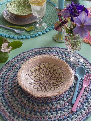 Tischset aus festen Maschen