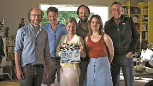In der Regie von Stefan Krohmer spielen Mira Bartuschek, Britta Hammelstein, Felix Knoop und Holger Stockhaus.