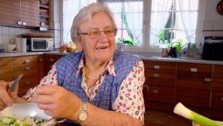 Agnes Sester in ihrer Küche