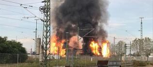 Mehrere Stichflammen nach Explosion bei der BASF