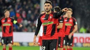 Vincenzo Grifo will seine Mannschaft auch beim Bundesliga-Duell gegen Bayer 04 Leverkusen zum Sieg dirigieren