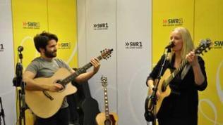 Meg Pfeiffer und Luca Stricagnoli im SWR1 Studio
