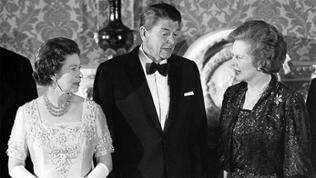 Queen Elizabeth mit Ronald Reagan und Margaret Thatcher