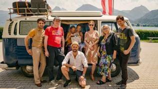 Die Macher v.l. Oliver Wnuk (Rolle Mo), Lancelot von Naso (Regie), Delphine Lohmann (Rolle Lotte), Mia Lohmann (Rolle Luise), Lars Liebold (Kamera), Stefanie von Ehrenstein (Redaktion SWR), Uschi Reic