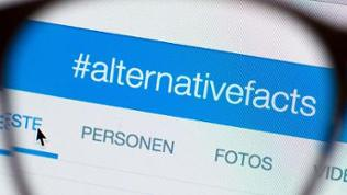 Illustration mit dem Hashtag #alternativefacts