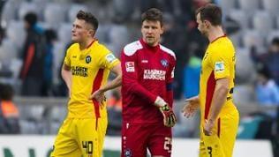 Enttäuschte Spieler des Karlsruher SC