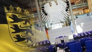 Flagge von Baden-Württemberg / Innenansicht des Deutschen Bundestags in Berlin