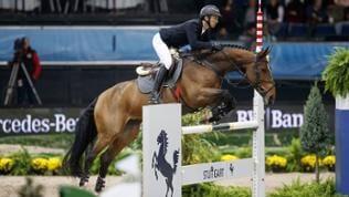 """Steve Guerdat und sein Pferd """"Hannah"""" haben den Springreit-Turnier beim Stuttgart German Masters gewonnen"""