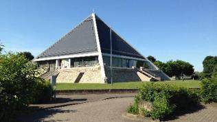 Die Autobahnkirche Baden-Baden, Arbeitsplatz und Lebensmittelpunkt von Sakristan Tobias Albert