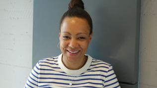 Volontärin Bernice Tshimanga