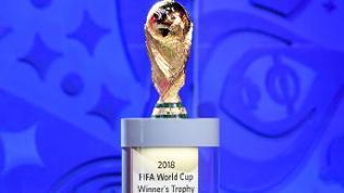 Pokal für den Fußball-Weltmeister