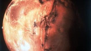 """Der """"rote Planet"""" Mars, zusammengesetzt aus Aufnahmen der Viking-Raumsonde"""