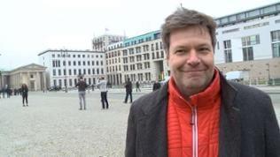 2015: Robert Habeck, Umweltminister im beschaulichen Schleswig-Holstein, will in die Bundespolitik und Spitzenkandidat seiner Partei Bündnis 90 / Die Grünen werden.