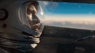 """Ryan Gosling als Neil Armstrong in einer Szene des Weltraumdramas """"First Man - Aufbruch zum Mond"""""""