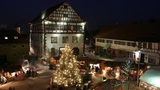 Der Lauschaer Kugelmarkt in Heubach (Ostalbkreis)