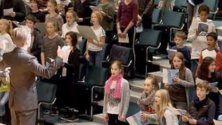 "Kinder beim ""Come and sing""-Projekt des SWR Vokalensembles"