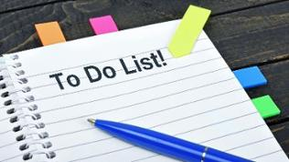 To do list on notepad.