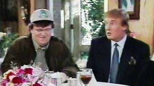 Wie in seinen vorherigen Filmen stellt Moore die Sachverhalte mit viel Humor und Satire dar.