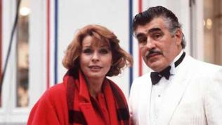 Mario Adorf mit Senta Berger am Set von Kir Royal