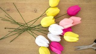 Fertig sind die 3D Tulpen aus Papier!