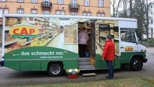 Der mobile Supermarkt hat geparkt