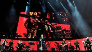 Phil Collins mit Band in Wien