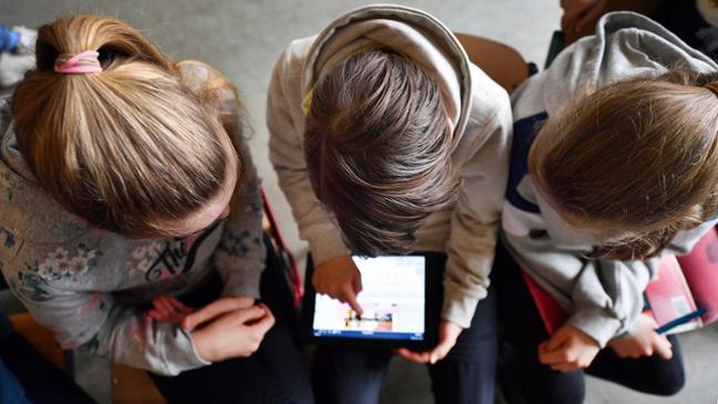 Studie: Lern-Videos für die Schule: Nachhilfe per YouTube ...
