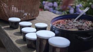 Mein leckerer Garten, Landfrauen, Hobbygärtner, kochen, schwarze Nüsse, Helga Wisser