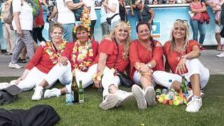 Andrea-Berg-Fans am Heimspiel-Samstag
