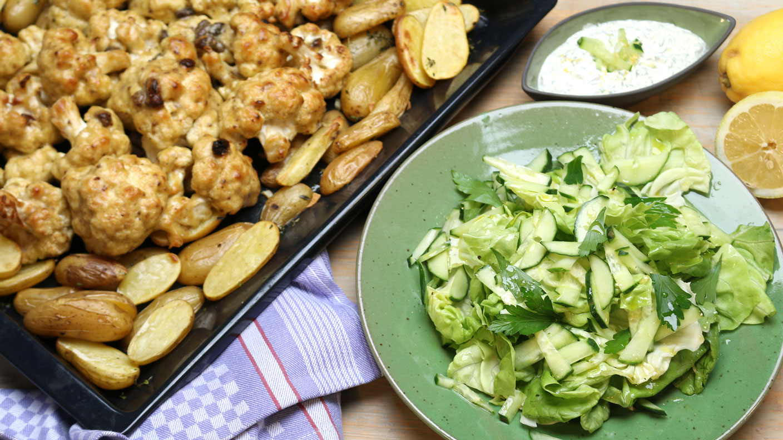 Gerösteter Blumenkohl mit Ofenkartoffeln