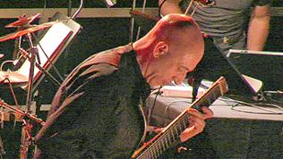 Elliott Sharp bei der SWR2 NOWJazz Session II in Donaueschingen