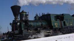 Seit 2001 steht sie unter Denkmalschutz: die Dampflokomotive 671. Stolze 145 Jahre hat sie auf dem Buckel.