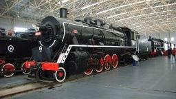 JF 2121 im Xingshu Eisenbahnmuseum Peking